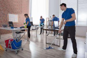 Das Team von Bavaria Cleaning kümmert sich um die Büroreinigung in München